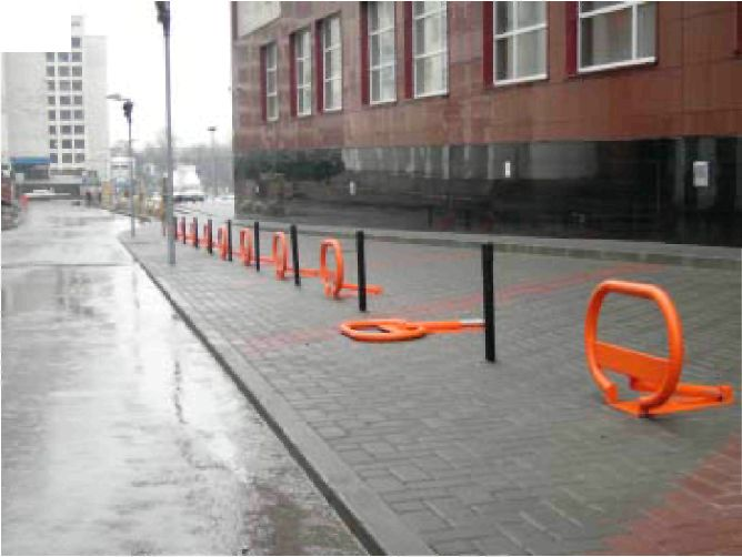 Каковы технические свойства парковочных барьеров?  Обычно, высота ограждений бывает от полуметра до метра...